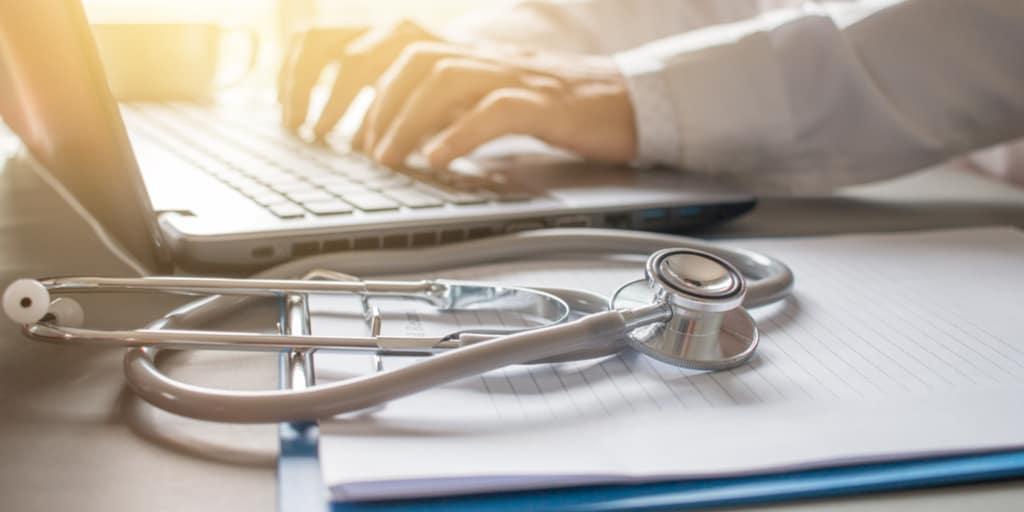 How to Choose Healthcare Credentialing Software | Smartsheet